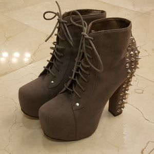 Gray platform spiked ankle booties,  Sz 7-1/2